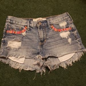 Hollister denim/ Jean shorts size 25